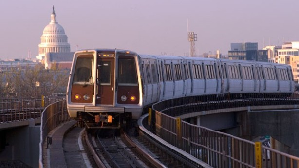 gty_washington_dc_metro_trainsit_train_thg_130312_wg