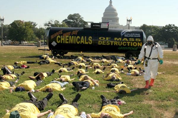 greenpeace-simulated-a-terrori