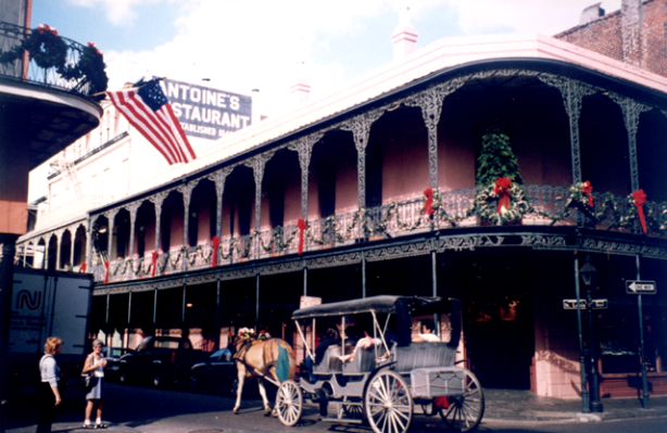 New_Orleans_French_Quarter_2001_-_01_-_1