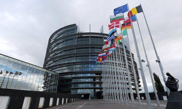 08rdv-eu-parliament-superJumbo