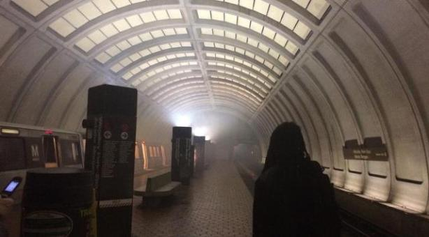 woodley+park+metro+station+smoke