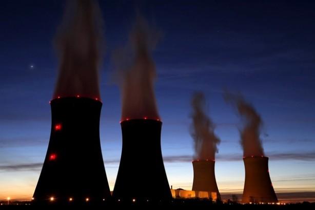 Nuclear Nuke Reactors