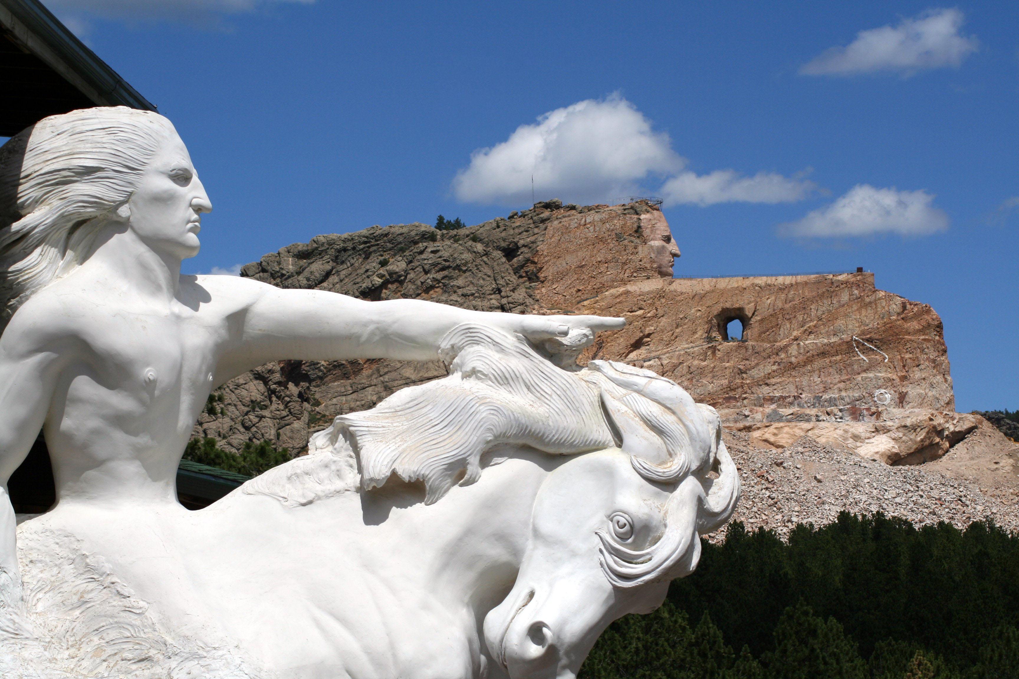 crazy-horse-memorial.jpg