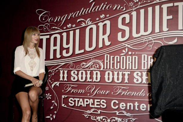 TaylorSwiftKW