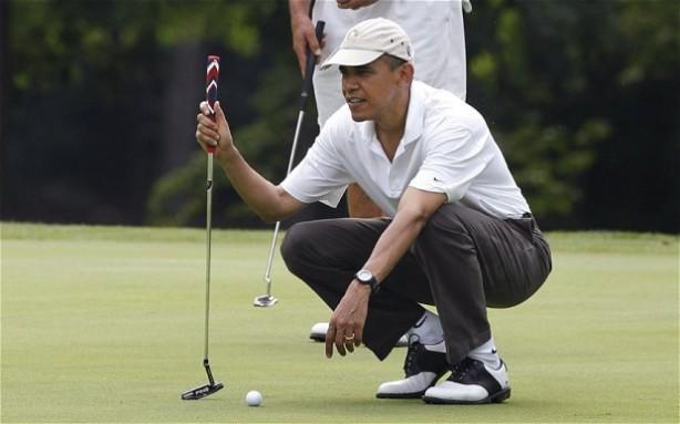 obama-golf_2549316b