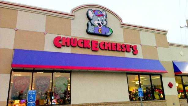 Chuck_e_cheese-0090.jpg