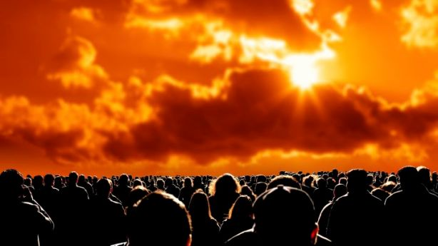 42327179-apocalypse-people-satring-at-sun-gettyp.720x405