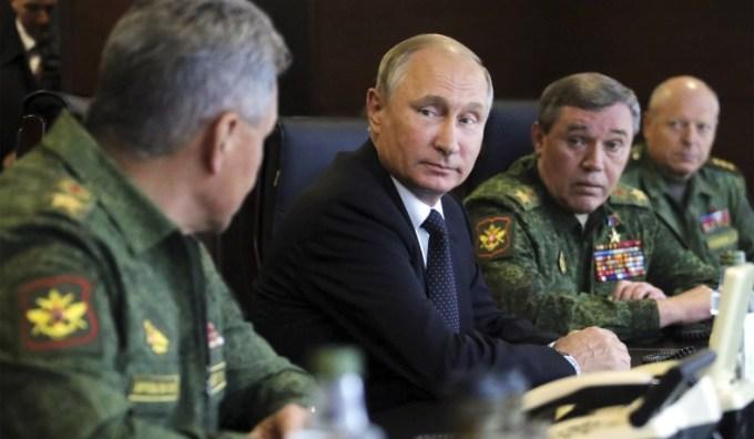 vladimir-putin-generals.jpg